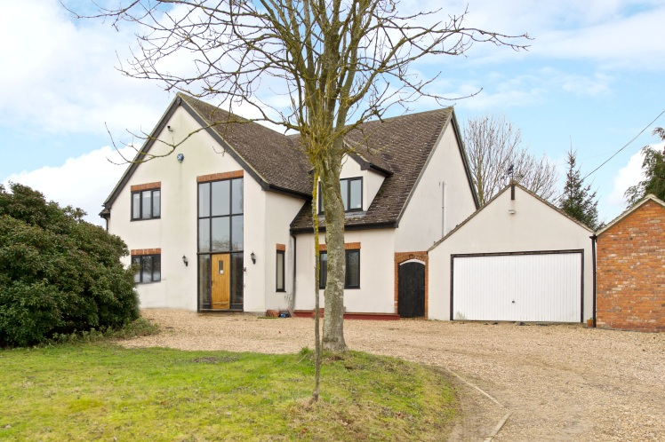 Hot Property Of The Week Extended 4 Bed Property In Emberton